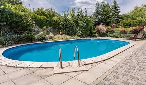 Pequenas coisas mudam o ambiente do seu imóvel o rodapé são tomé é um charme a mais para seus degraus e sua borda de piscina. Quais Sao Os Melhores Materiais Para Borda Da Piscina C C Casa E Construcao