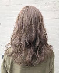 どんな髪色でも波ウェーブが綺麗に見えるハイライトを入れるカラー