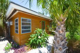 Small Picture Island Retreat A Tropical Tiny House in the Other Florida Keys