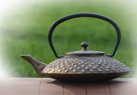 89167 cast iron teapot gold 800