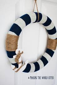 DIY Wreath Nautical Decor from Making the World Cuter. This is so cute! I