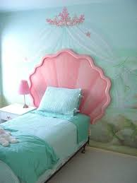 Oh goodness, Claire would DIE if this was her room! Ariel Mermaid ...
