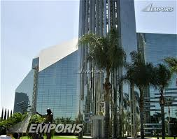 christ cathedral garden grove prism like structure exterior photo