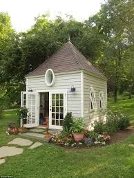 Stylish Sheds Women Are Ousting Men From Man Caves To Create She Sheds Daily