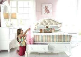 full size upholstered bed. Padded Headboard Full Size Upholstered Bed Sharing Buttons Platform With H