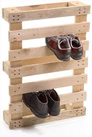 unique pieces of furniture. in this post you will find 37 ways to reinvent the old pallets that are waiting your attention garage a hammer some nails and imagination tons of unique pieces furniture