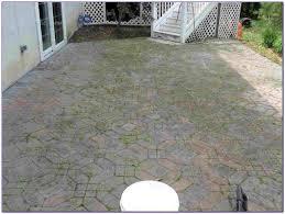 how to clean cement patio floor