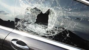 auto glass and windshield service