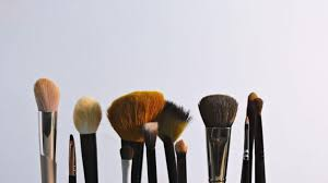 10 best places to sell makeup