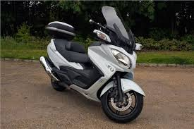 2018 suzuki burgman 650. exellent burgman review suzuki burgman 650 executive 2016 and 2018 suzuki burgman n