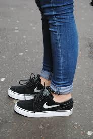 black nike running shoes tumblr. nice shoes on. nike tumblrnike sb shoesblack black running tumblr