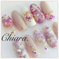 Yokoshikataキアラさんのネイルデザイン フラワーネイル春ネイル