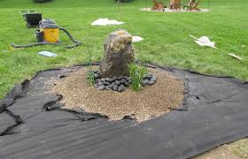 Use A Decent Pea Gravel Landscaping Ideas To Adorn Your Yard Gravel Simple Gravel Garden Design Pict