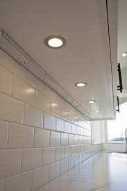 Under Cabinet Outlets Kitchen Under Cabinet Lighting With Outlets