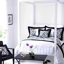 Bedroom Pleasing Stunning Red Black And White Bedroom Decorating