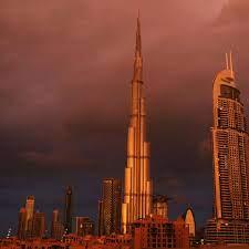 Wetter-Experiment: Dubai beschießt Wolken mit Chemikalien, um mehr Regen zu  erzeugen