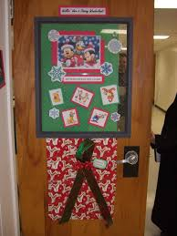office christmas door decorating ideas. News Center Sonoma State University A 75 Wolfbucks Card Was Awarded To Janet Henker In The Home Decor Office Christmas Door Decorating Ideas