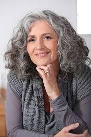 um short grey curly hair for older women