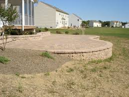 backyard raised patio ideas. Elevated Paver Patio With Retaining Wall Backyard Raised Ideas