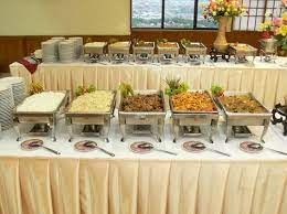 decorating a wedding buffet table