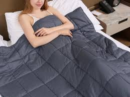 i ve been sleeping with this weighted blanket for 6 months and i ve noticed a huge change in the quality of my sleep