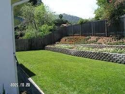 modern retaining wall retaining wall slope down to flat backyard modern landscaping ideas with gorgeous retaining modern retaining wall