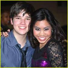 nathan kress wife. nathan kress and ashley argota wife n