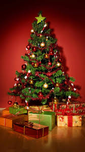 ... Delectable Look Of Red And Gold Christmas Tree Decorating Ideas :  Delightful Decorating Ideas Using Triangle ...
