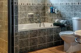 Rund Um Badewannen Duschen Perfekte Wannen Bei Bad Fliesen