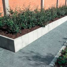 solid concrete block for retaining walls for garden enclosures stone look