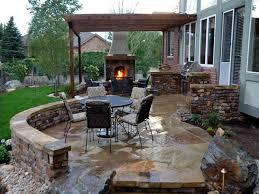 Barbecue Da Esterno In Pietra : Arredo giardino sassuolo salotti sdraio barbecue fontane mobili