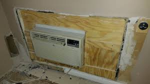 Through The Wall Heating And Cooling Units On The Wall Air Conditioning Units Grihoncom Ac Coolers Devices