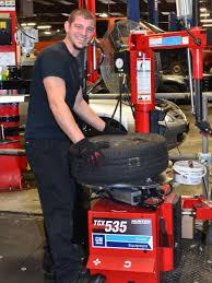 nash chevrolet tire center in lawrenceville ga tire store tire service technician in lawrenceville ga at nash chevrolet