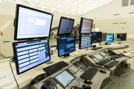 Контрольный центр контроля власти обслуживаний воздушного движения   Контрольный центр контроля власти обслуживаний воздушного движения отсутствие людей Редакционное Стоковое Изображение изображение