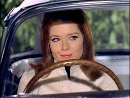 Mrs. Peel behind the wheel | Emma peel, Avengers girl, Dame diana rigg