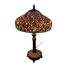quoizel ouoizel tiffany style table lamp