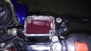 motorcycle diy cleaning replacing the disc brake master cylinder ponents 4