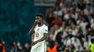 Bukayo Saka - Rassismus nach EM-Finale: Instagram-User entschuldigt sich  beim Arsenal-Profi - Eurosport