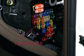 cayenne fuse box location 2004 porsche diagram switched in overhead 2004 porsche cayenne radio wiring diagram at 2004 Porsche Cayenne Radio Wiring Diagram