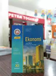 Buku pr intan pariwara merupakan buku yang sering digunakan oleh pengajar dalam membantu dalam memberikan materi sekolah kepada murid muridnya. Kunci Jawaban Buku Pr Ekonomi Intan Pariwarakelas Xi Semester 1 Kanal Jabar