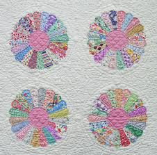 Dresden Plate Quilt Pattern Simple Dresden Plate Quilt Q Is For Quilter