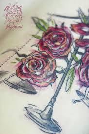 Z Růží Váhy Medusa Tattoo Originální Tetování Frýdek Místek