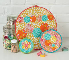 Come sew with us! - Love Patchwork & Quilting & Hexie Hoops by Love Patchwork & Quilting magazine Adamdwight.com