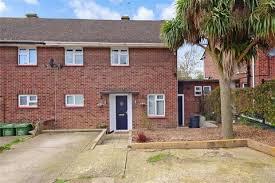 3 Bedroom Semi Detached House For Sale   Goldings Crescent, Basildon, Essex