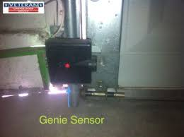 garage door opener sensorIs it possible to only replace one of the safety sensors