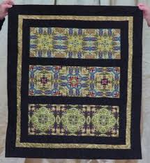 Museum Quilt Guild: November 2015 & Tracy started this in a class with Karen Kay Buckley at the Hershey quilt  show in July. Adamdwight.com