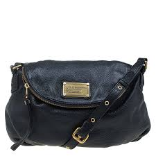 marc jacobs black leather classic q natasha cross bag nextprev prevnext
