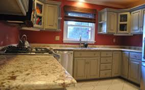 paint kitchen cabinets with chalk paint harmonizing homes rh harmonizehomes com can i paint my kitchen