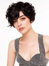 Short Wavy Curly Hairstyles 19 Cute Wavy Curly Pixie Cuts We Love Pixie Haircuts For Short