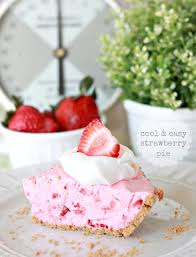 Strawberry Kitchen Curtains Cool Easy Strawberry Pie With Homemade Graham Cracker Crust